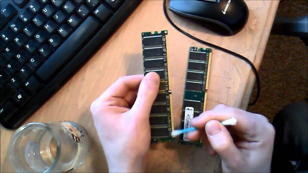 How to clean RAM sticks